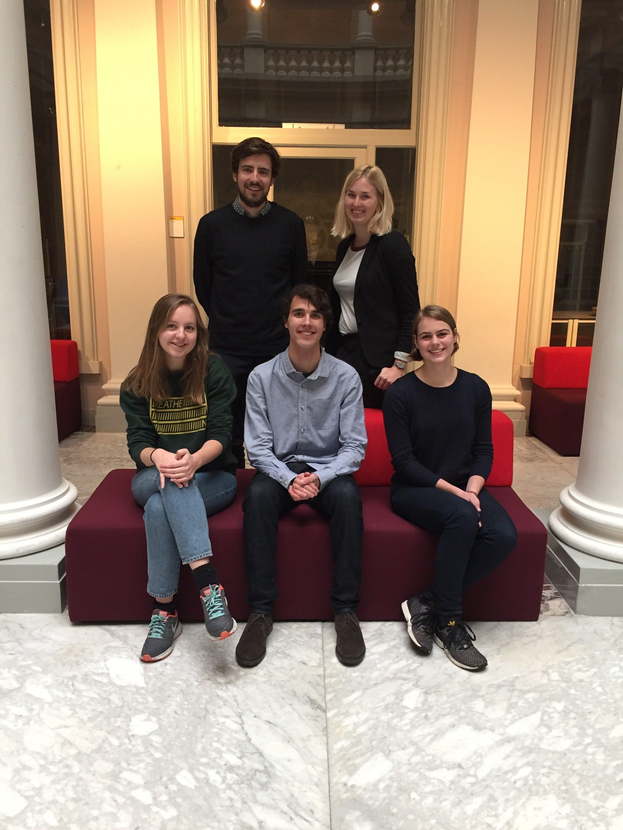Boven: Idwer, Renée Onder: Annette, Niels en Charlotte
